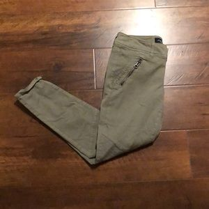 American Eagle outfitters women's size 6 pants